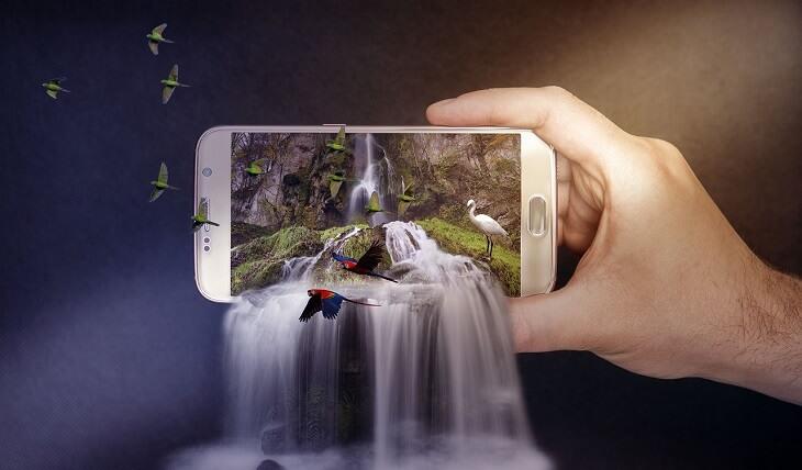 スマートフォンアプリで3DキャラのAR体験を