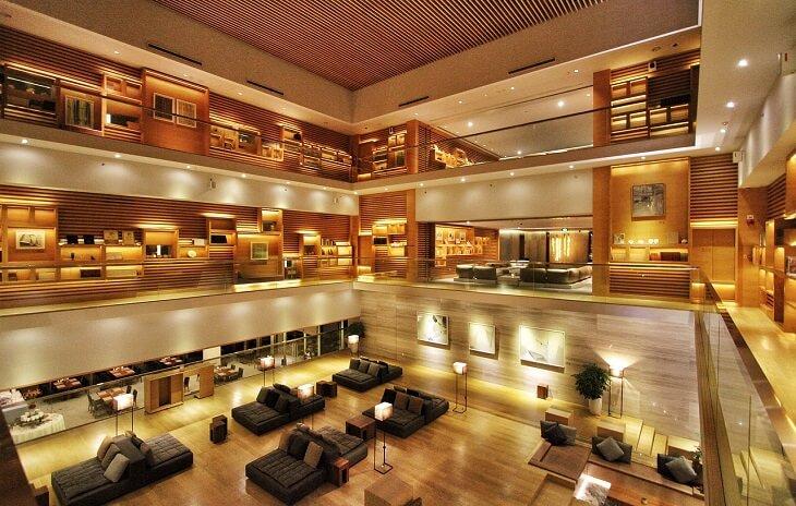 ホテル(ロビー)