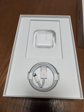 Lightning-USBケーブル&USB電源アダプタ