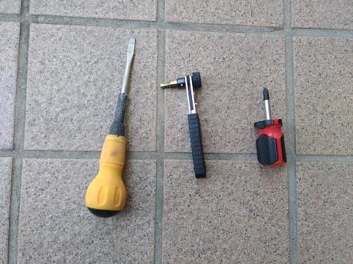リアバンパー修理に使用した道具