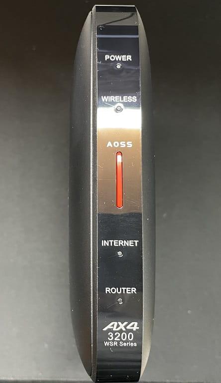 WSR-3200AX4S/DBK(前面)
